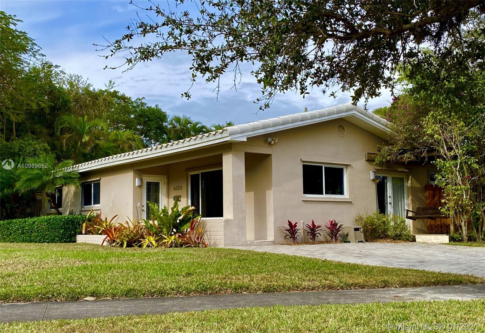 Beautiful corner-lot home in the Beverly Gardens area, between Dante Fascell and Fuchs Park. Very quiet neighborhood, with little to no traffic. 3 BD/2BA with several open spaces including a dining room, living area and family room. Large master bedroom with updated en-suite bathroom and large walk-in closet. Great outdoor areas including a large covered deck, ample green space in a fenced yard, and a porch swing. Recently replaced roof and deck.