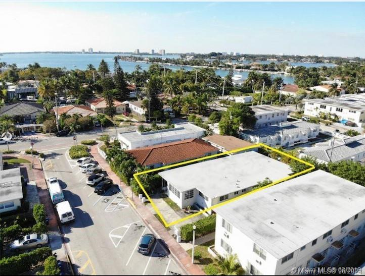 903  80th St  For Sale A10989831, FL