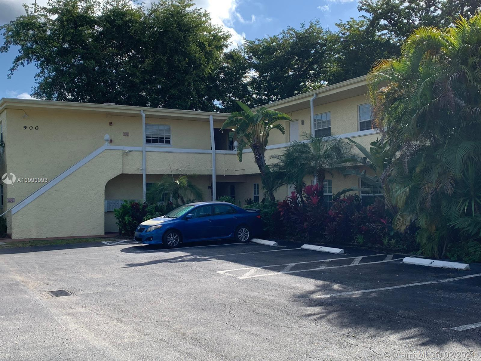 Very rare available unit on one of the most desirable buildings in Wilton Manors. Walk to everywhere, within steps to the most popular places on Wilton Drive. The unit comes with 2 assigned parking spaces. Building has not reserves, Buyer needs to come with at least 10% down.