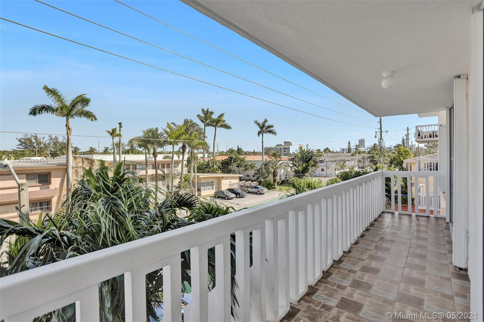 8530  Byron Ave #307 For Sale A10990198, FL