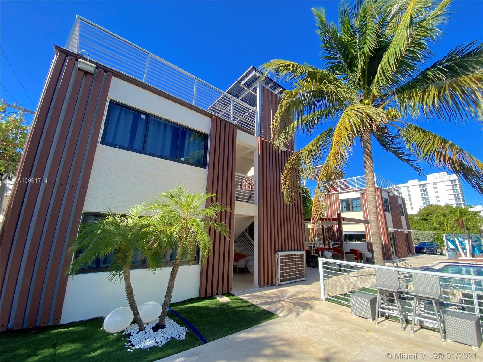 Photo of 3086  Harbor Dr, Fort Lauderdale, FL 33316