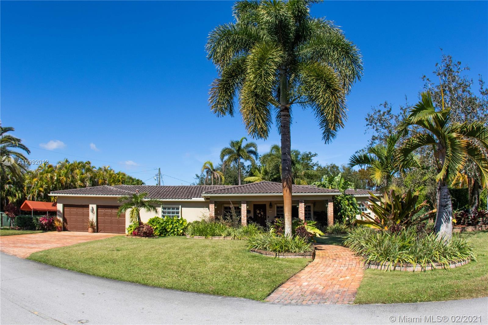 7401 SW 57th Ter  For Sale A10992012, FL
