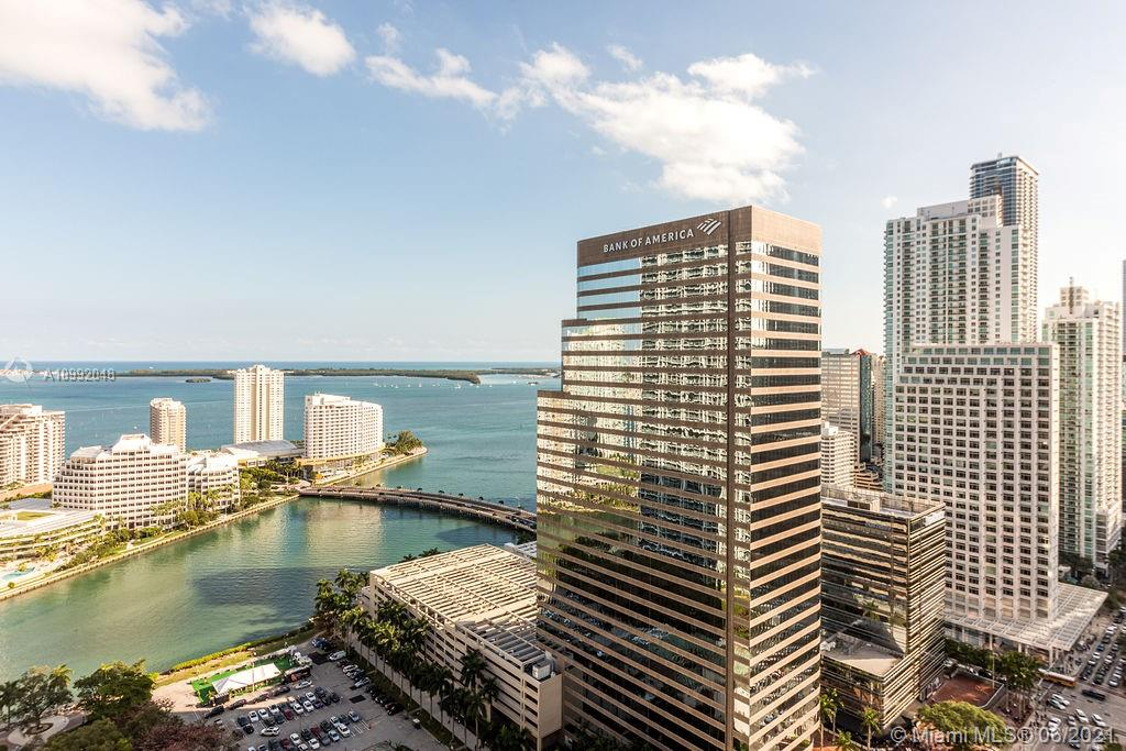 Breathtaking 3 bed/3 bath NE corner unit in the Heart of Brickell Financial District. Just walking distance from brand new Mall Brickell City Centre, restaurants, shops, Publix and Whole Food market. Amazing views of Biscayne Bay, Miami River and Epic marina from every room of the unit. Amenities include a magnificent rooftop circular pool deck, a circular pool on main deck, a fully equipped fitness center, theater room, a sport lounge and 3 party rooms. Unit include white ceramic floors throughout, screen and blackout window treatment. 24/7 lobby attended with security guards and cameras.  2 ASSIGNED PARKING SPACE INCLUDED IN PRICE VIDEO TOUR LINK PROVIDED IN LISTING