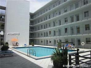 Excellent South Beach Corner Condo : 1 Bed 1.5 Bath LA 720 sq Ft, Balcony, Covered Parking, Gated. Unit floor level great pool view!  Corner Unit . Location Location : Blocks from Lincoln Rd. stores, Restaurants, Bars. Four Blocks & 5 minutes to Beach / Parks. Easy showing.
