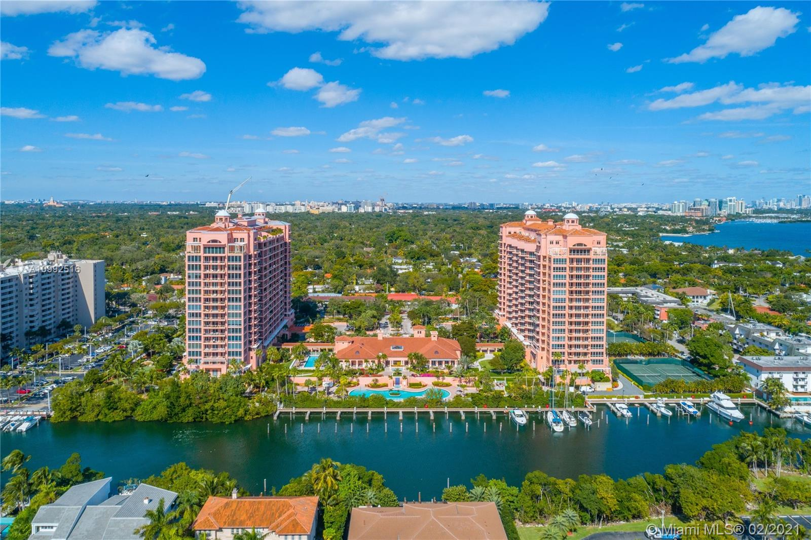 60  Edgewater Dr #TS-E For Sale A10992516, FL