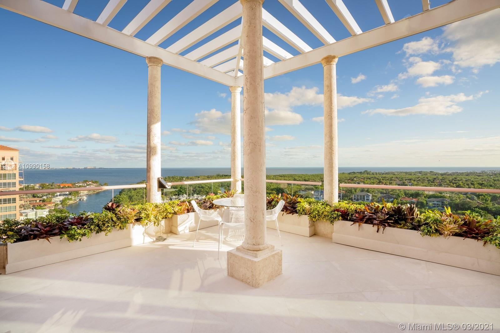60  Edgewater Dr #TS-A For Sale A10990158, FL