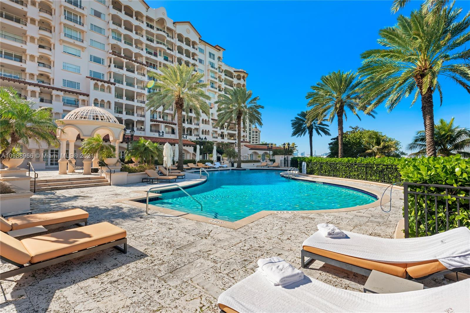 Listing Image 7192 Fisher Island Dr #7192