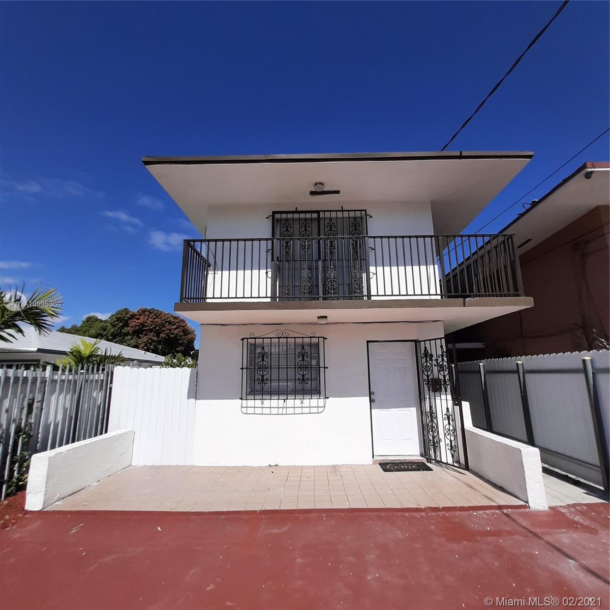 SPACIOUS 2 STORY HOME. CENTRALY LOCATED IN THE HEART OF MIAMI. CLOSE TO SHOPING CENTERS, RESTAURANTS, MIAMI AIRPORT, DOWNTOWN, AND MINUTES AWAY FROM THE BEACH. PROPERTY FEATURES A NEW KITCHEN, WITH AN OPEN FLOOR PLAN. MOTIVATED SELLER!!!