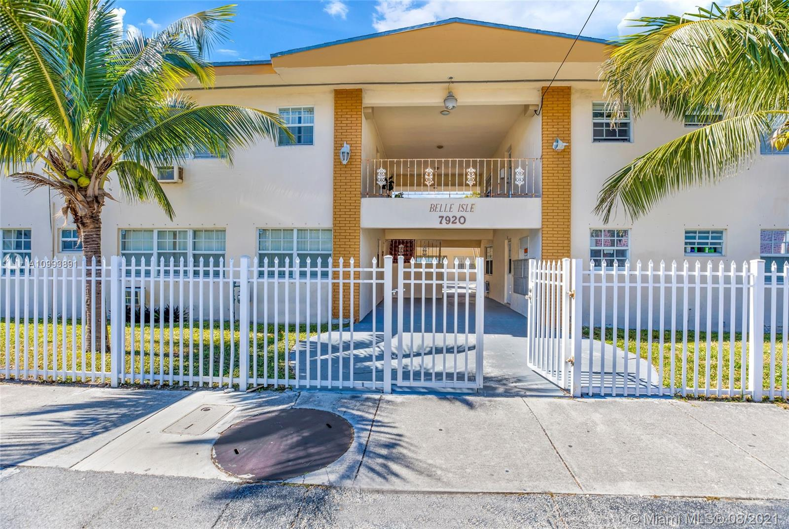 7920  East Dr #23 For Sale A10993891, FL