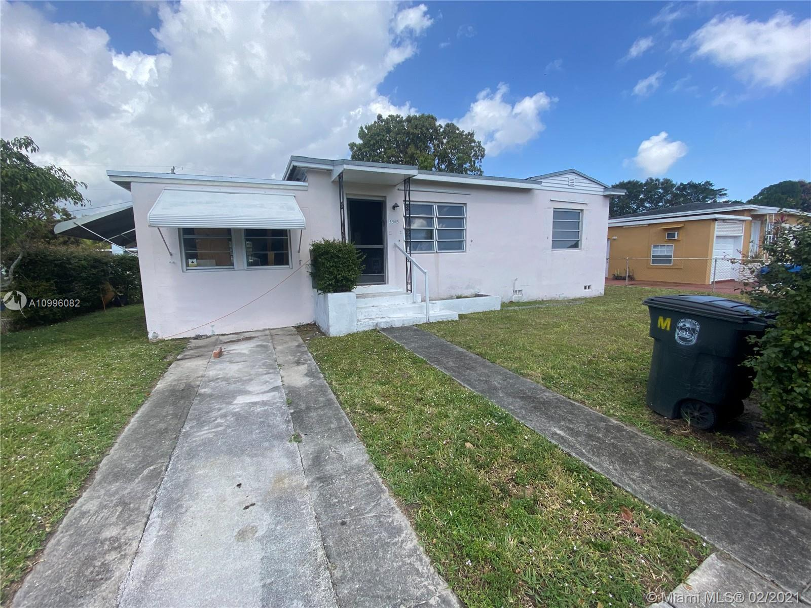 1565 NW 123rd St  For Sale A10996082, FL