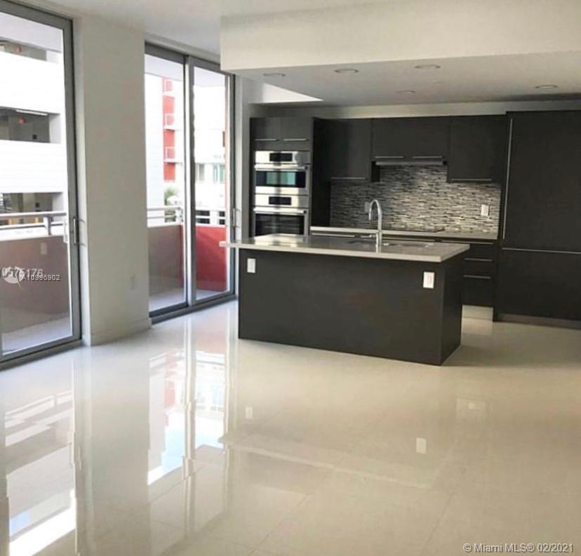 7875 NW 107th Ave #204 For Sale A10996902, FL