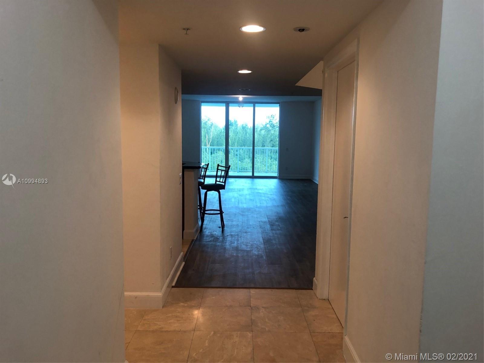 14951  Royal Oaks Ln #604 For Sale A10994893, FL