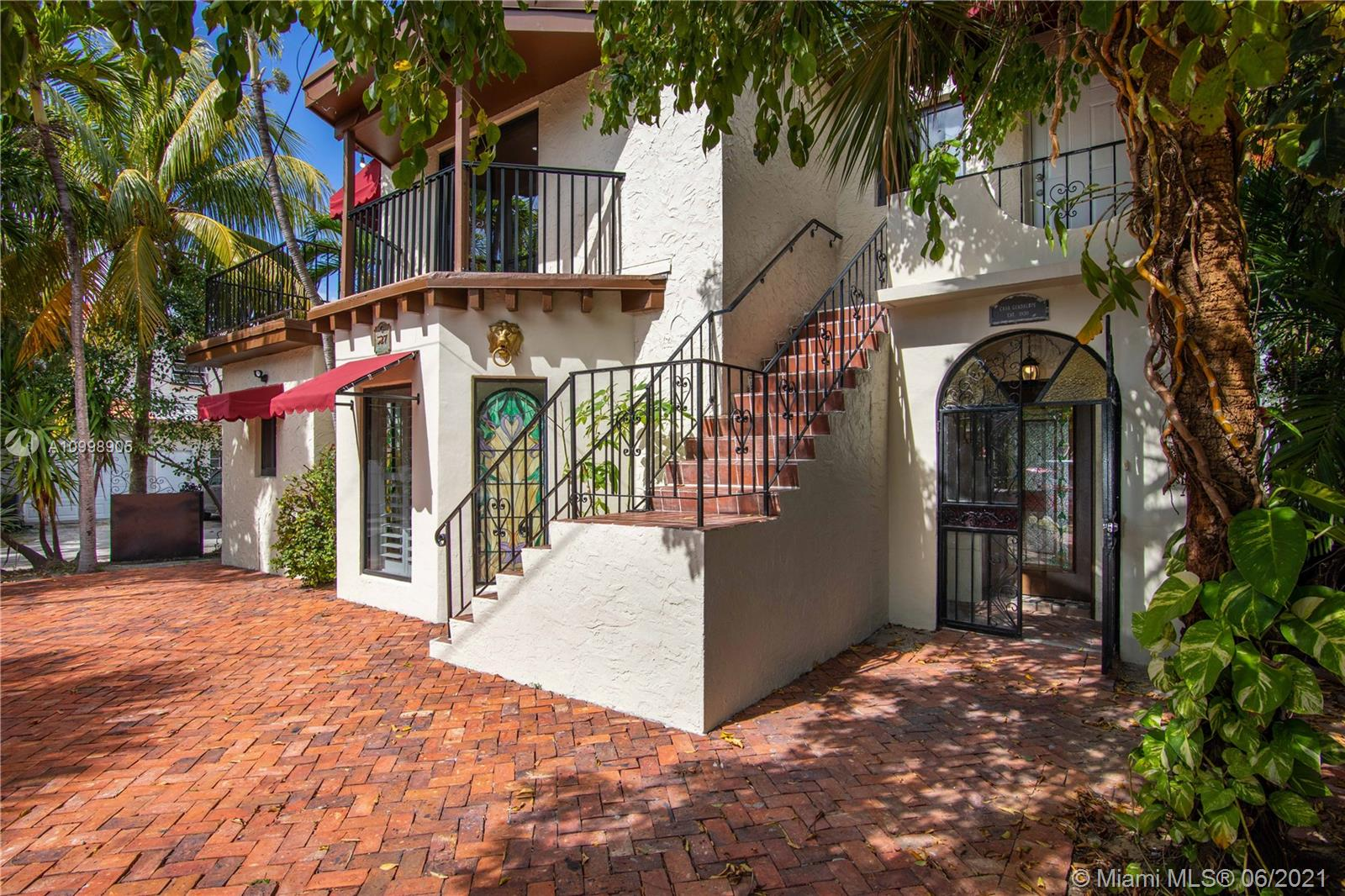 327 W 28th St  For Sale A10998905, FL