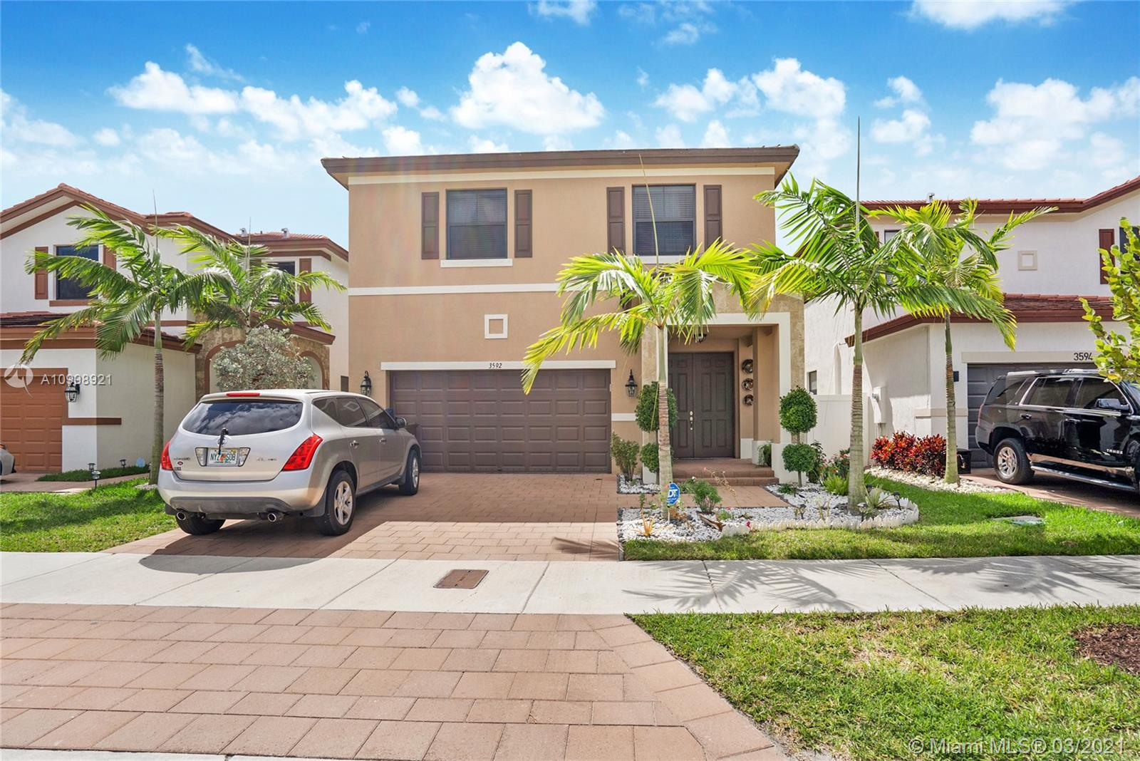 3592 W 104th Ter  For Sale A10998921, FL