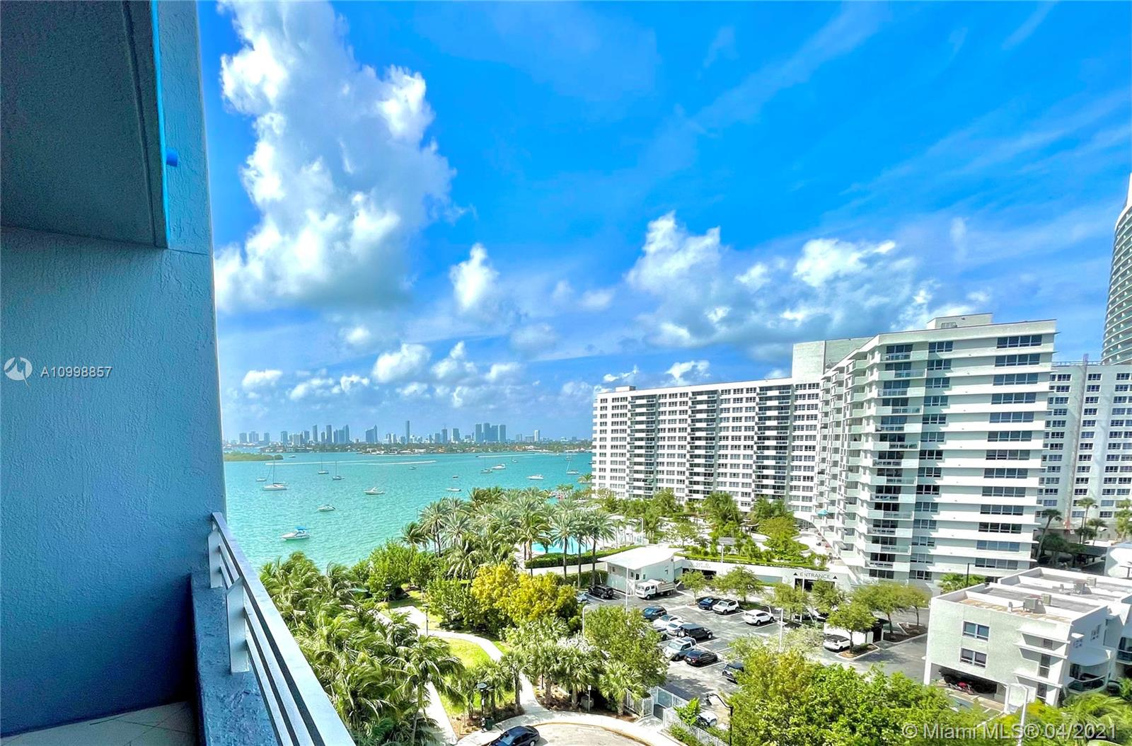 Enjoy the Miami Beach lifestyle in this fabulous 1 bedroom, 1.0 bath condo. Clean and well-planned 793 sqft floorplan. Enjoy an abundance of amenities and fine living with breathtaking views at one of the best places in Miami, South Beach! Building amenities include: cafe & mini market, fully renovated 4th floor roof garden with private areas for gatherings and bbqs, lounge chairs, modern koi pond and incredible bay views. Tennis court, putting green, and more. Plus volleyball, a bayside swimming pool, 24hr security, 1 parking spaces (1 valet), a contemporary ballroom to host your own events with state of the art furniture, bar, kitchen and a flat screen tv. Fitness area with a professional gym, spa, massage and yoga/spinning rooms.