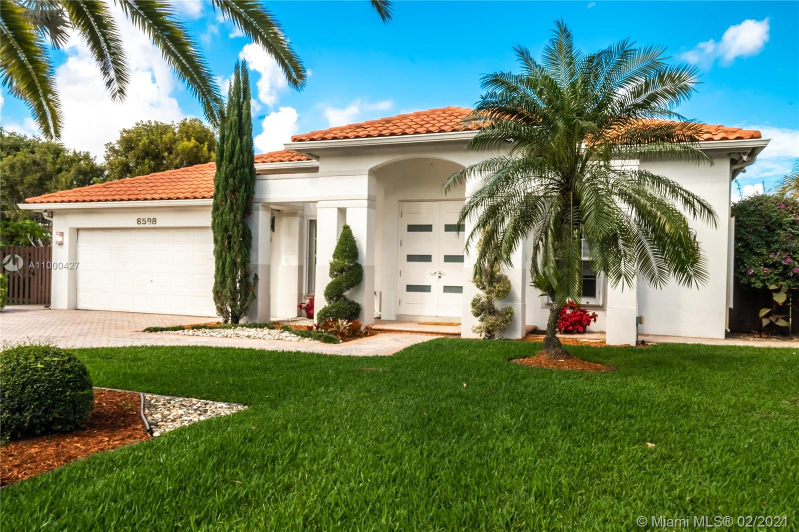 Photo of 6598 NW 113th Pl, Doral, FL 33178