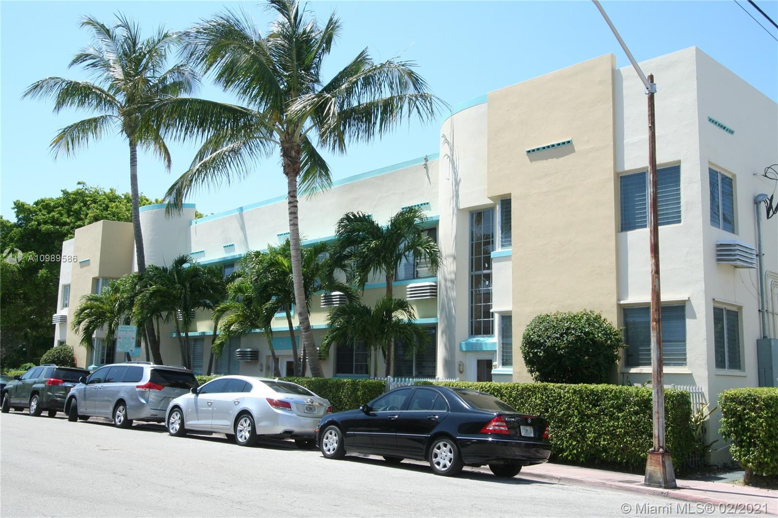 635  12th St #12 For Sale A10989586, FL
