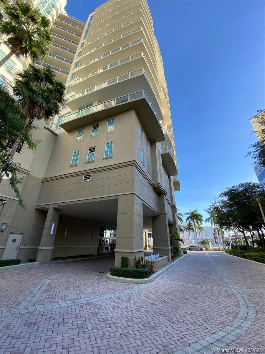BEAUTIFUL APARTMENT 2 MASTER BEDS / 2 Full Renovated . 1/2 Bath renovated with great light mirrors. Master Bath with Jacuzzi , frame-less glass shower and double vanity with Toto Toilet . All new floors and custom blinds. Big Kitchen with Granite counters, stainless Steel appliances and a spacious Laundry room in unit. Huge balcony to enjoy SPECTACULAR INTRACOSTAL & OCEAN VIEWS. This unit comes with Storage unit and assigned covered parking space. Self wash car in building and electric car charging station. Enjoy your every day pool ( heated) club room, business center and the opportunity to walk to great Restaurants and close to the beach. Close to Ft lauderdale International Airport. PRICE TO SELL!