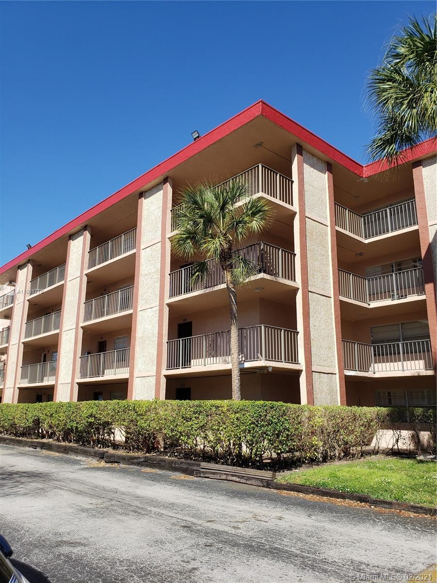 SO YOU ARE LOOKING FOR A 1ST FLOOR UNIT? A SPACIOUS 1 BDR 1.5 BA , WITH AN ENCLOSED PORCH AND A GARDEN VIEW IN A VERY QUIET AREA? WELL,YOU JUST FOUND IT. IN THE HEART OF BROWARD COUNTY CLOSE TO PUBLIC TRANSPORTATION. NEEDS SOME TLC. a 55+ COMMUNITY. Equal Housing Opportunity.