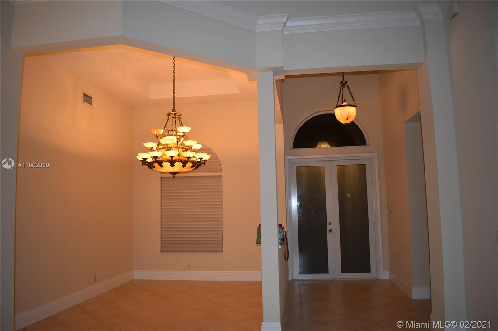 Great location in Weston Hills! Pool house on Amazing Golf course. Tile flooring on common area and wood on bedrooms. 4th bedroom is closer to the pool area and has tile. Partially remodeled house.Roof from 2017.Sliding doors were replaced.
