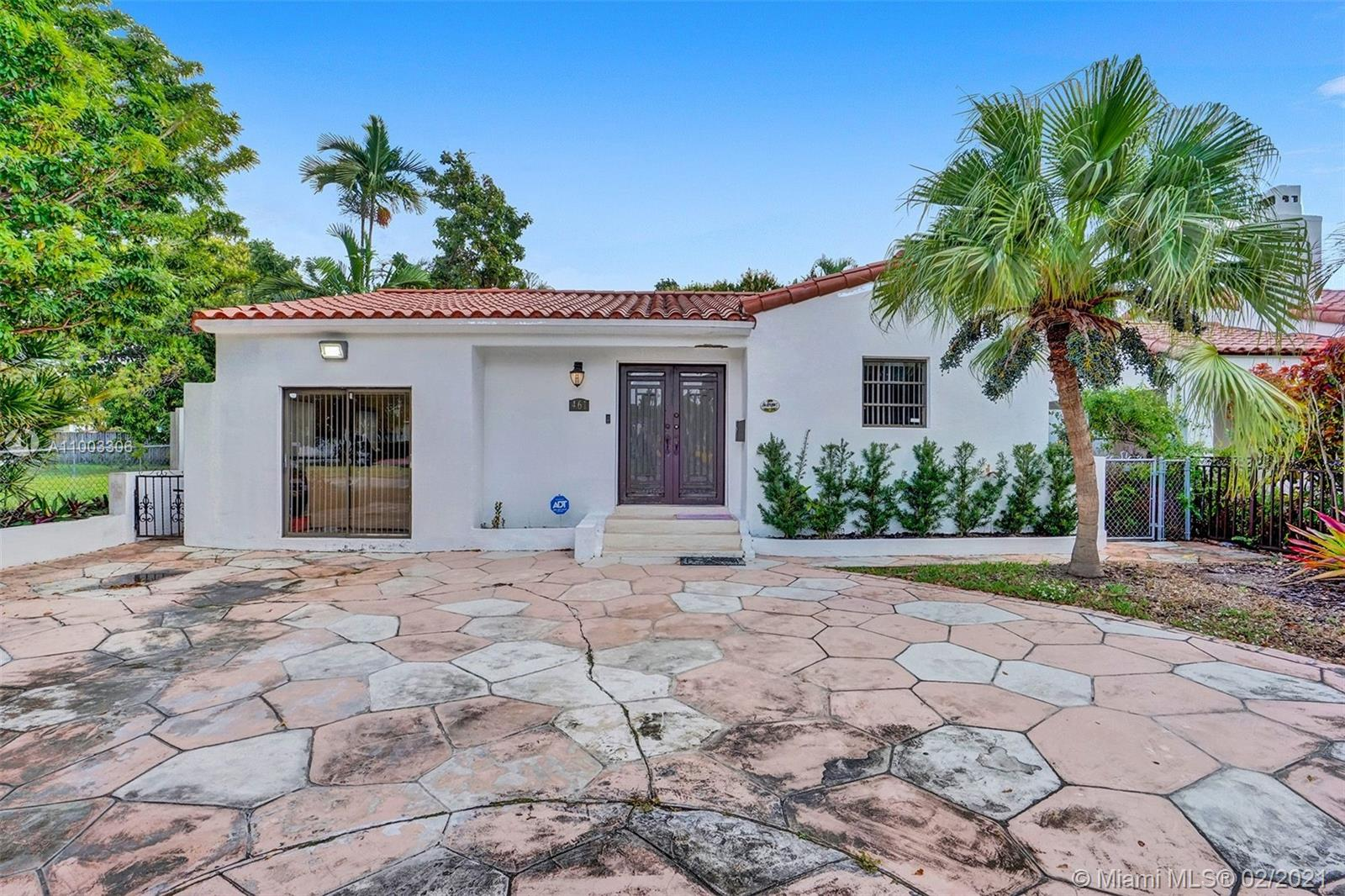 461 SW 25th Rd  For Sale A11003306, FL