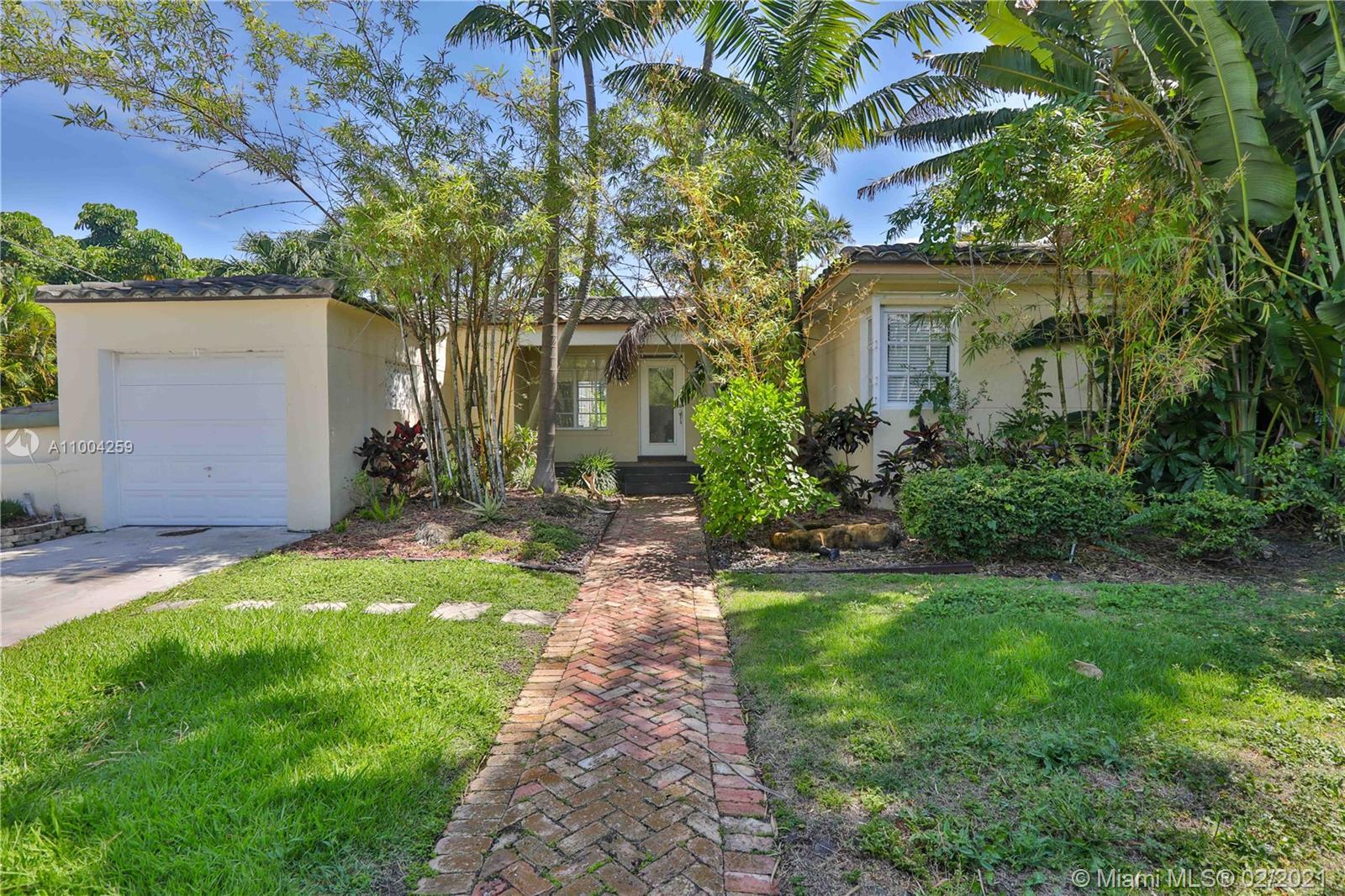 7425  Belle Meade Blvd  For Sale A11004259, FL
