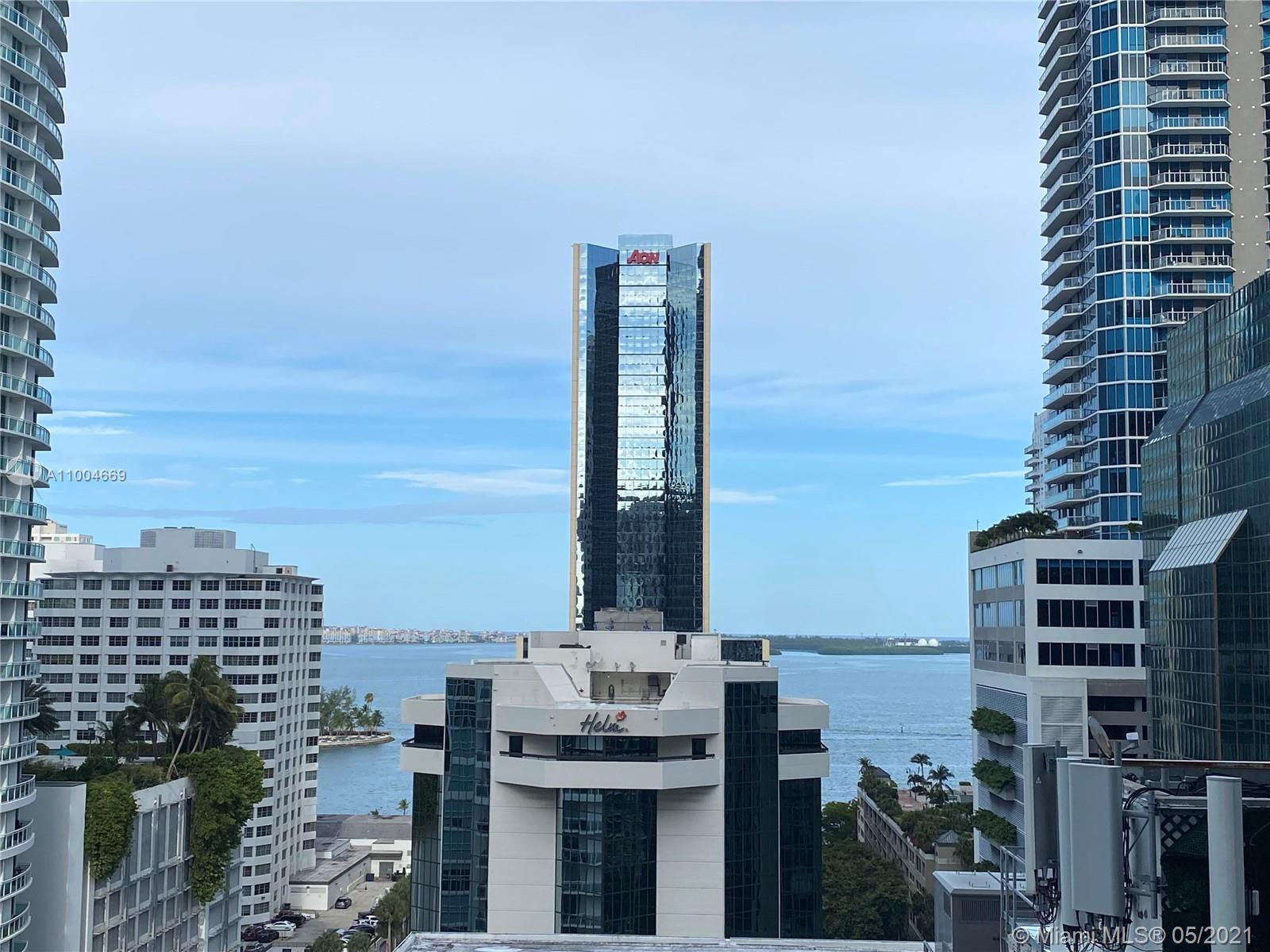 Beautiful condominium with amazing amenities, basketball court, racquetball, gym, indoor pool, rooftop pool, Gym, spa and much more, walking distance from Brickell City Centre. 2 garage spaces. Not showings allowed during the weekend.