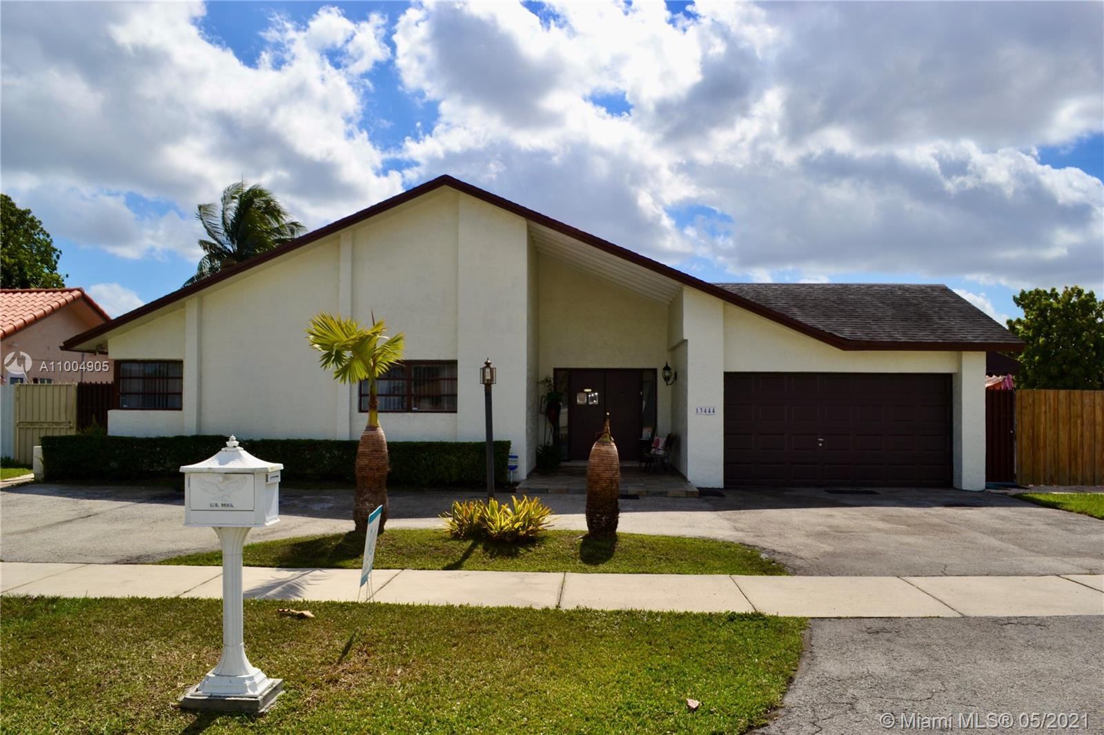 13444 SW 22nd Ter  For Sale A11004905, FL