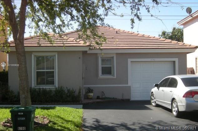 BEAUTIFULLY KEPT 3 BEDROOMS, 2 BATHROOMS. 1 CAR GARAGE SFH.LOW MTHLY HOA DUES. NEW WASHER/DRYER. FRESHLY PAINTED EXTERIOR. HIS & HERS CLOSETS IN MASTER BEDROOM. KITCHEN UPGRADED. SS APPLIANCES. TILED THROUGHOUT. SPLIT FLOOR PLAN. ACCORDION HURRICANE SHUTTERS. BRING YOUR FUSSIEST BUYERS.