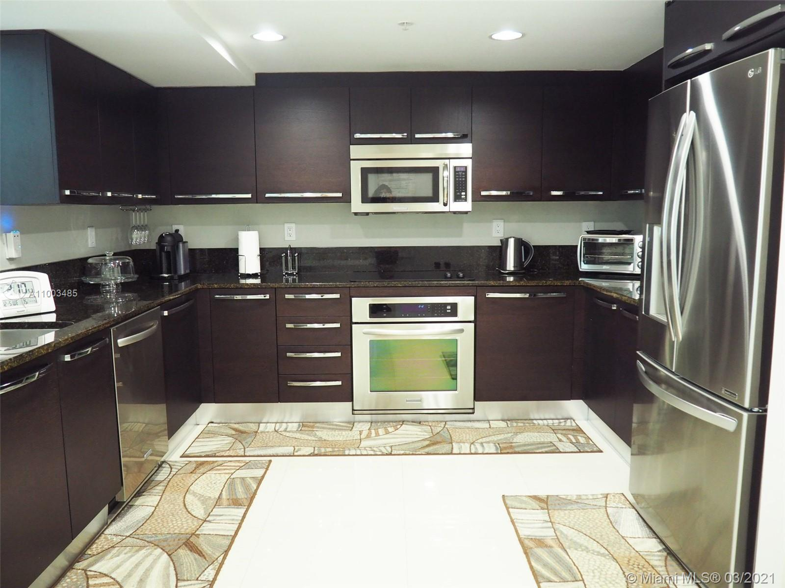 Spectacular 3Bed/2.5Bath 2 story apartment  in a boutique building  at Aventura. Ample spaces,modern kitchen with stainless appliances, 1 bed and full bath in the 1st floor, Big Terrace, 3 PARKING SPACES,maintenance includes Water and INTERNET