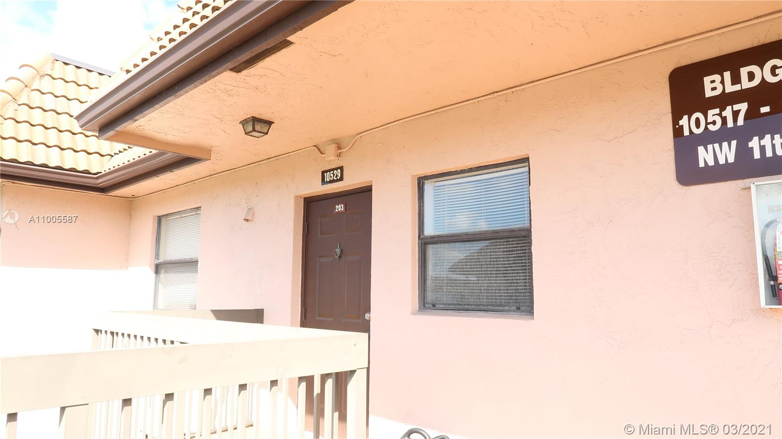 """Investor Special!! Located in Fairview at Pembroke Pointe. Needs to be completely remodeled. Price reflects condition, """"Sold As Is."""" Comparable units rent for $1600 within Fairview."""