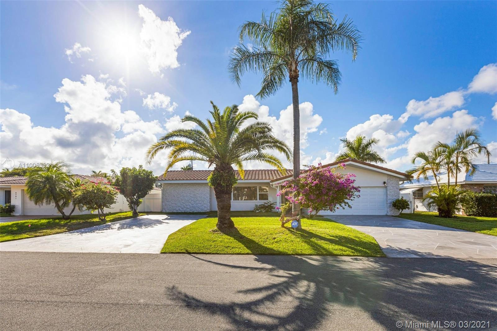 AMAZING 3/3 SINGLE HOME, remodeled and tastefully furnished. Located in the exclusive Coral Ridge Country Club Estates. Walking distance to the beach and surrounded by restaurants and shops. This home has a master bedroom with a king-size bed and bath with tub and separate shower. The second bedroom features 2 twin beds with a trundle and a bathroom with a shower, the third bedroom has a queen bed and a bathroom with shower that also serves as the caban bathroom and guest bathroom. Home features a family room, nice kitchen with granite countertops, Stainless Steel Appl., and pantry table for 4, a stunning living and dining facing the pool area, Washer / Dryer, Heater Pool, and BBQ. Available from 5/1/2021. Rates subject to availability and season. Please call/txt to inquire
