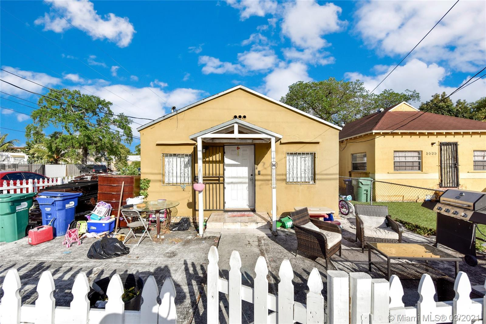 5541 NW 30th Ave  For Sale A11007647, FL