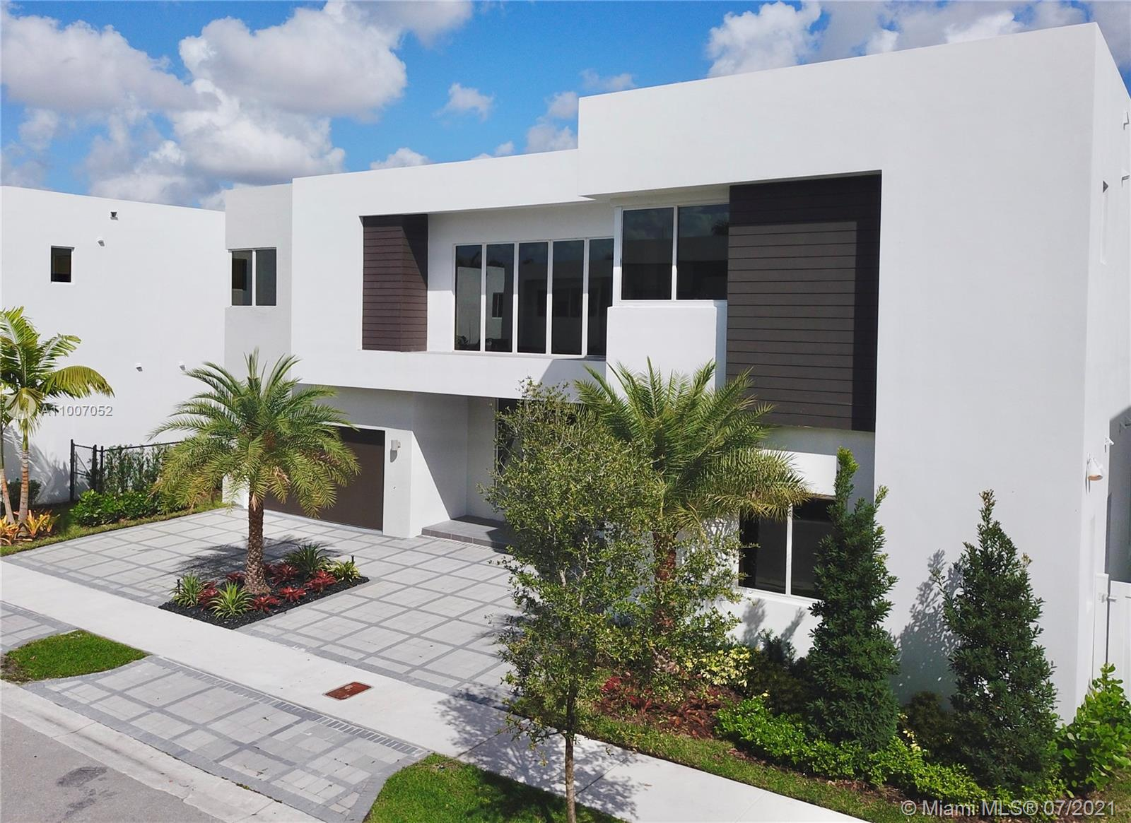 Photo of 7509 NW 103 Pl, Doral, FL 33178
