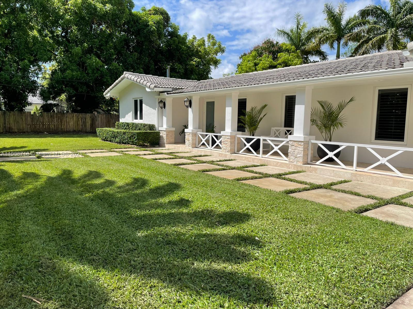 9340 SW 72nd Ave  For Sale A11008718, FL