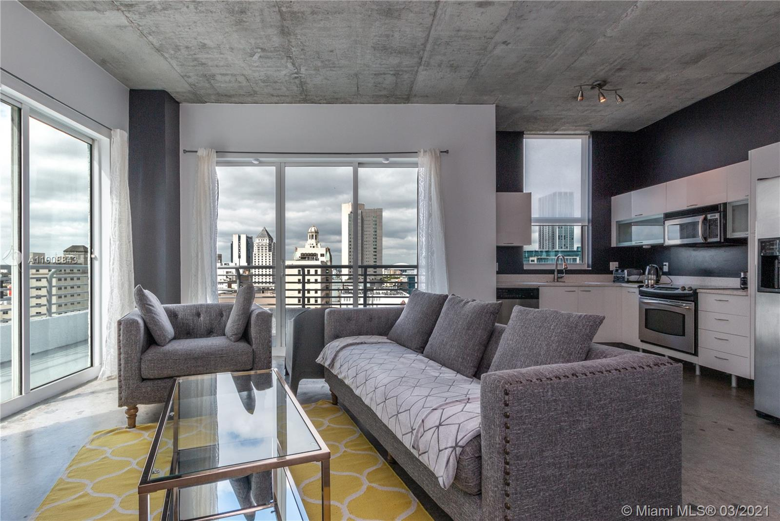Beautiful and spacious 2/2 loft style corner unit. Bedrooms already enclosed for privacy, 10 FT ceilings, unique oversized terrace, Italian kitchen cabinets, stainless steel appliances, and stunning city views. This is a full service building with rooftop pool, jacuzzi, sauna, fitness center, party room, front desk attendant, pool on the ground floor and security 24/7. Walking distance to Brickell, AA Arena, Bayfront Park, restaurants . . . etc.