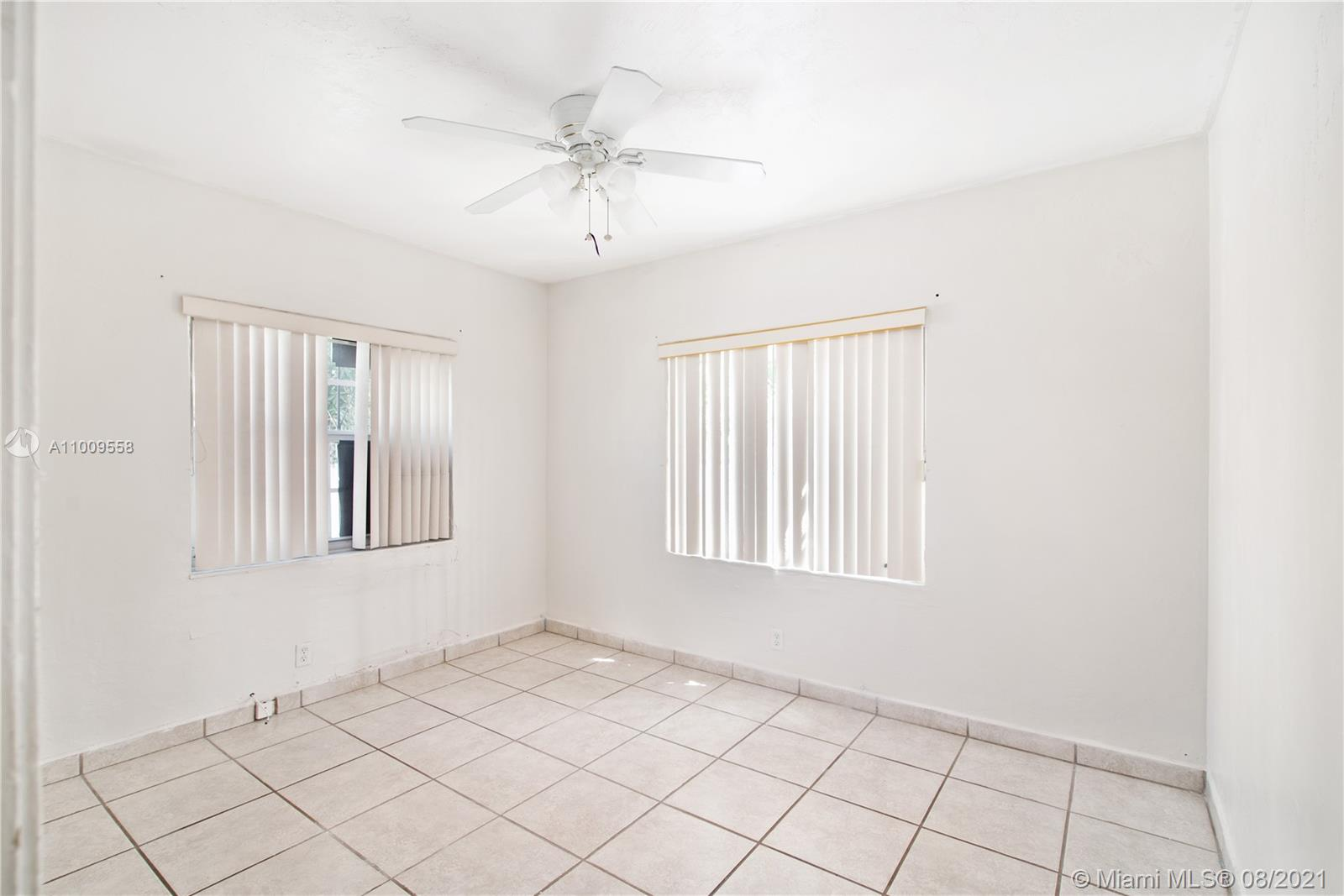 742 SW 10th St  For Sale A11009558, FL