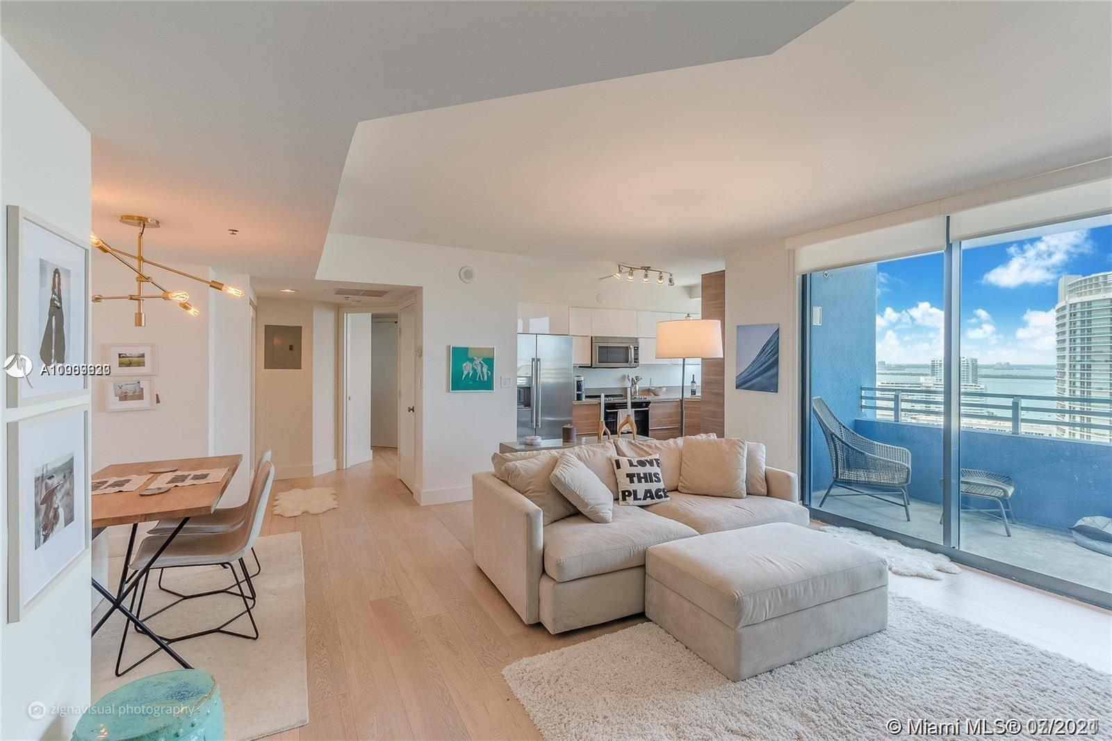 Designer model upgraded 26th floor with amazing ocean views. No detail spared! fully upgraded w/ brand new top-of-the-line appliances and kitchen cabinets, new wood floors, renovated bathrooms and reconfigured walls. Peaceful West Ave location, walking distance to restaurants, Lincoln Road, Whole Foods, and much more. This is a 24-hour full-service building. amenities include pool, gym, yoga room, tennis, volleyball & bayfront BBQ.