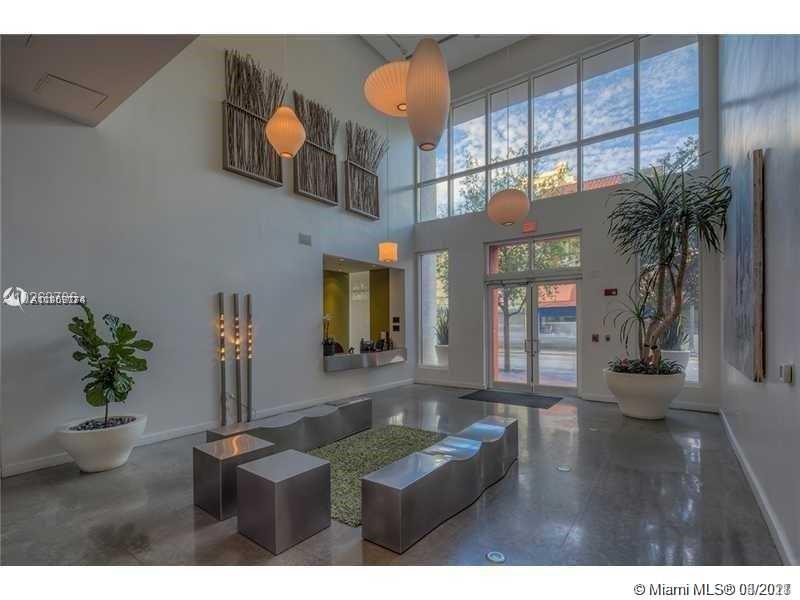 Desirable high floor '12 line two bedroom, two bath at The Loft Downtown II. Great bay and downtown views!  Currently leased until July 14th 2021 at $2,050 per month.  Unit features stainless appliances & kitchen island, concrete flooring and floor to ceiling metal & frosted glass doors separating bedrooms. Amenities include: roof top pool, fitness center, spa, sauna, steam room, lap pool, club room, pool table & WI-FI. 24 Hr. Security.  Centrally located and walking distance to Whole Foods, Museums, Miami College, AAA performing Center, Bayside, Financial District and more. Maintenance includes Cable, water, internet, gym, pool room and much more. SHOWINGS ONLY ON MONDAYS FROM 4PM-6PM.  SPECIAL ASSESSMENT IN FULL BY SELLER.