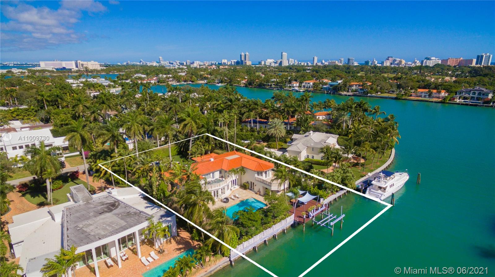 1410 W 25th St  For Sale A11009730, FL