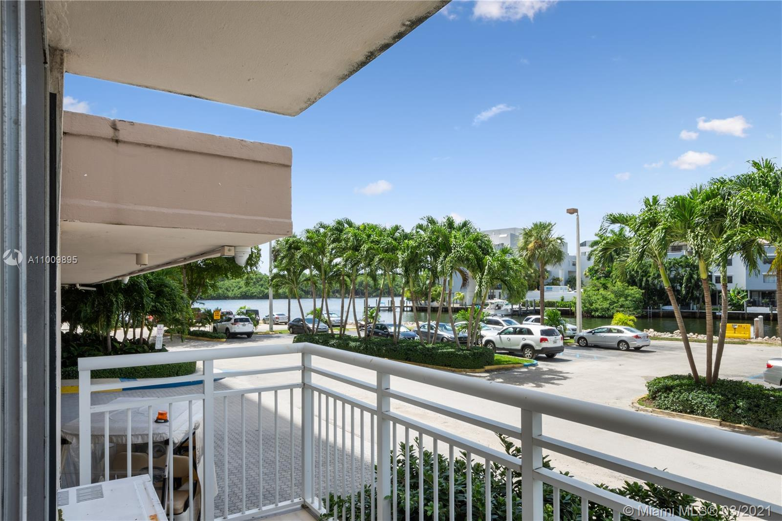 400  Kings Point Dr #101 For Sale A11009895, FL