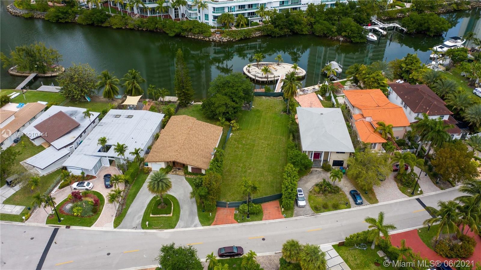 241  Atlantic Ave  For Sale A11010444, FL