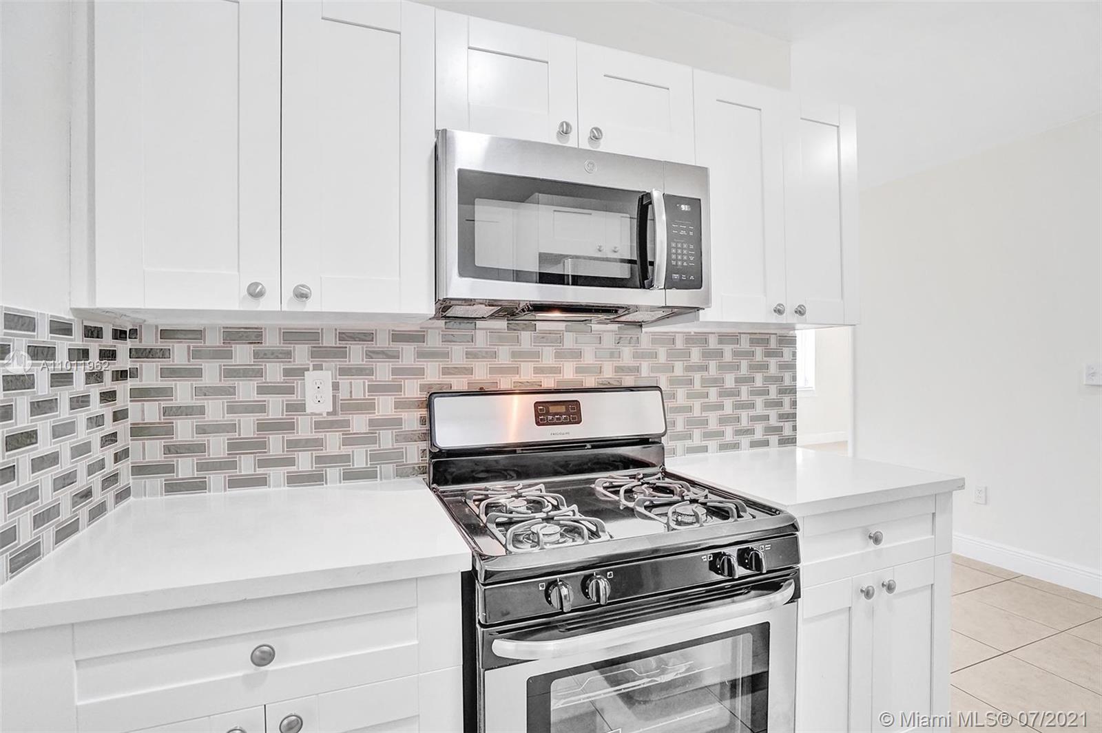 218  Santillane Ave #19 For Sale A11011962, FL