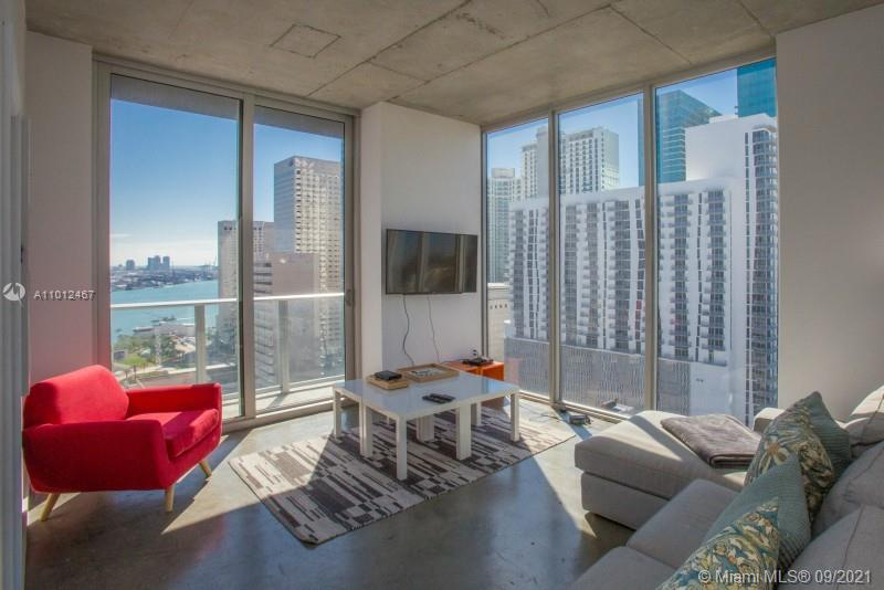 Modern and very convenient 2 bed / 2 bath corner unit at Centro Loft Condo with an impressive city view and 997 sqft. The 5 stars amenities and location makes this unit a perfect opportunity to be introduced to the Miami lifestyle. Floor to ceiling windows, italian cabinets, high level SS appliances. Condo offers Spa, health club, lounge, social room, 360 degrees view rooftop pool and much more. Tenant occupied, ideal for investors.