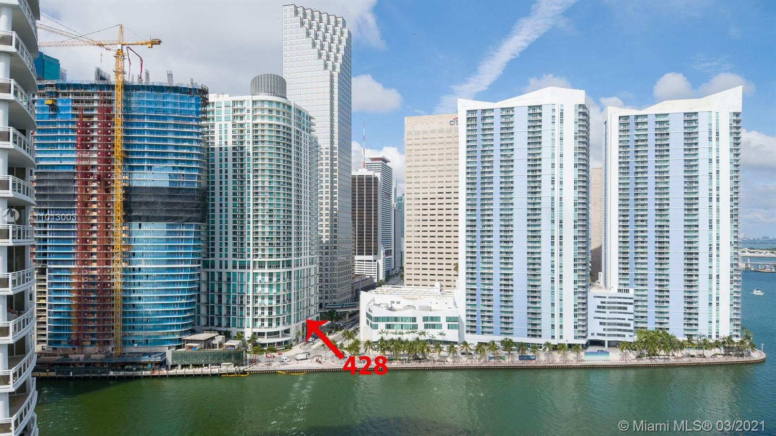 LIVE IN THIS SPACIOUS AND BRIGHT LOFT AT MET 1, IN THE HEART OF MIAMI'S FINANCIAL DISTRICT. ONE OF THE BEST LOCATIONS FOR WALKABILITY, STEPS FROM WHOLE FOODS, BAYFRONT PARK, MOVIE THEATER, WALKING DISTANCE TO BRICKELL. NESTLED IN BETWEEN ONE MIAMI AND THE UPCOMING ASTON MARTIN RESIDENCES. LARGE LOFT WITH HALF BATH DOWNSTAIRS AND FULL BATH AND OPEN MASTER BEDROOM UPSTAIRS, SIMPLY A COOL LAYOUT. GREAT SENSE OF SPACE DUE TO THE EXTRA HIGH CEILINGS, PARTIAL WATER VIEW FROM BALCONY, AND OTHER AREAS WITHIN UNIT. MET 1 IS AN IMPECCABLY RUN BUILDING OFFERING A VIBRANT URBAN LIFESTYLE.