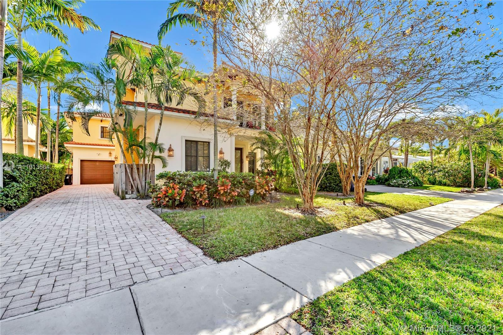 Gorgeous 4/4 pool home with European flair. No detail left untouched with a great location in prestigious Victoria Park. Minutes to famous Las Olas Blvd & 2 miles to iconic Fort Lauderdale Beach. This lovely home offers 2 living room areas, gourmet chefs kitchen with gas, wet bar, large pool for your enjoyment, one bedroom & full bath downstairs plus 3 spacious en-suite bedrooms upstairs including a huge master bedroom. With a soothing neutral color scheme along with tropical landscaping makes this the perfect residence. You will feel like you are in paradise! This unique home offers a lot of natural light, numerous sitting/entertaining areas with an open flowing floor plan. Large sunlit pool provides the ideal tropical backdrop for your entertaining. This Victoria Park location is hot!!