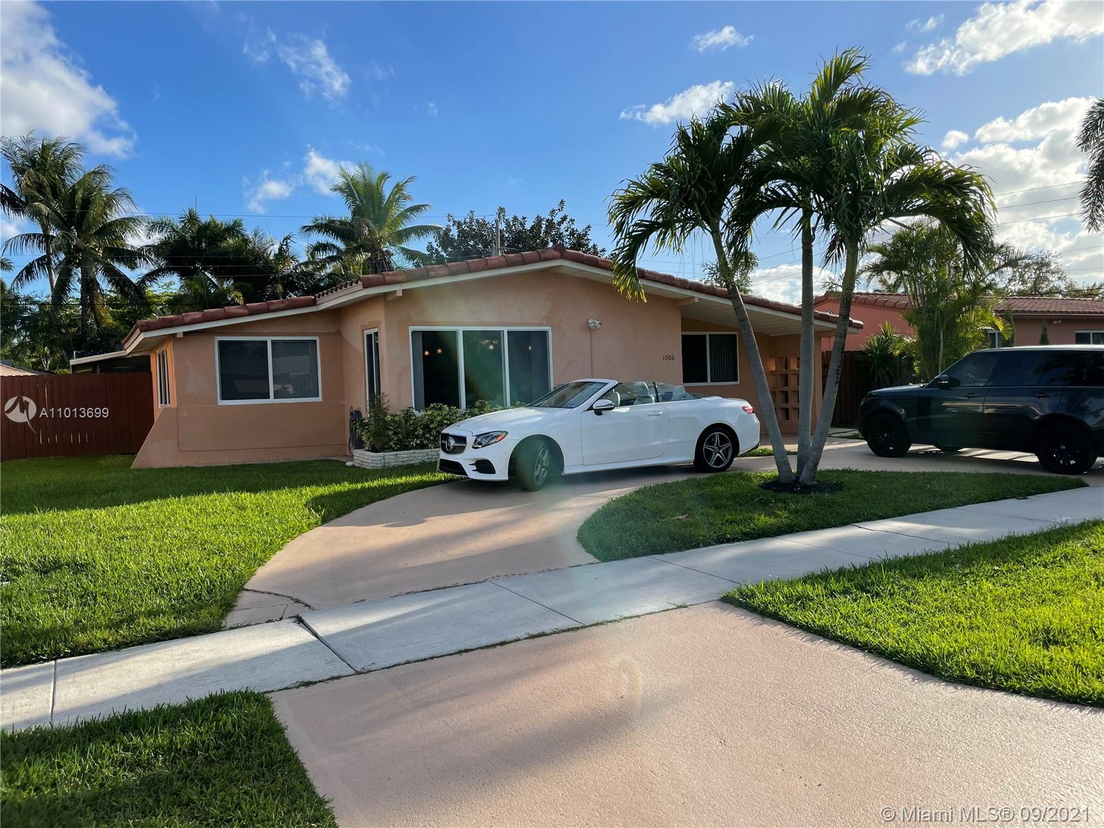 1006 NE 6th St  For Sale A11013699, FL