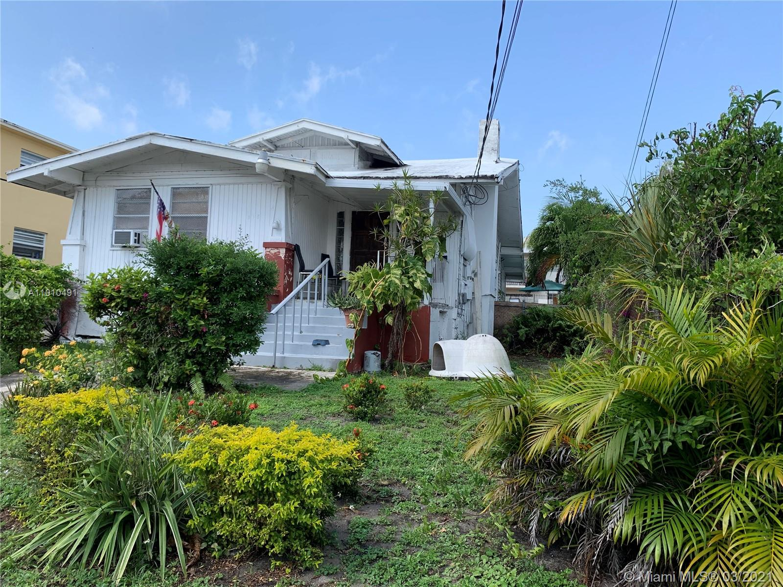 318 SW 11th Ave  For Sale A11010491, FL
