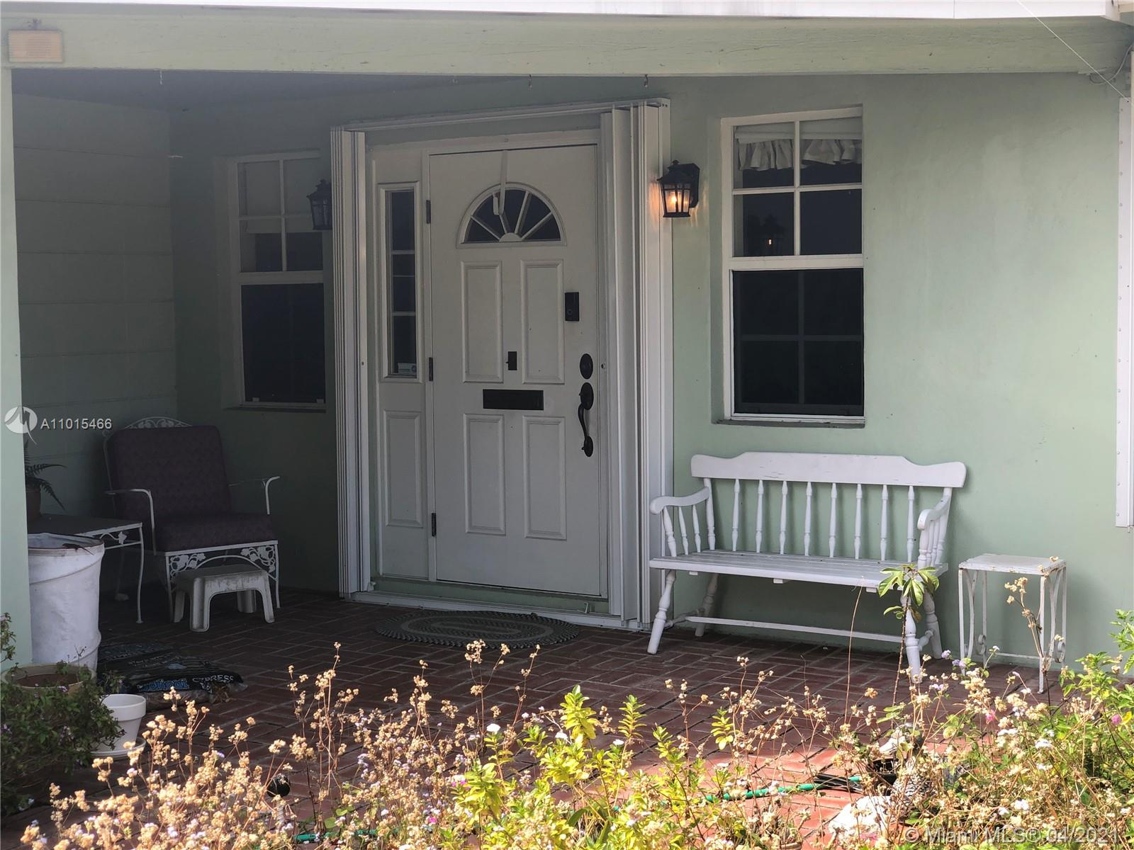 Beautiful Neighborhood! 3 Bed 2 Bath Single Family House with Attached Garage on Quiet Street. Private Fenced in backyard. Very Spacious with amazing potential!