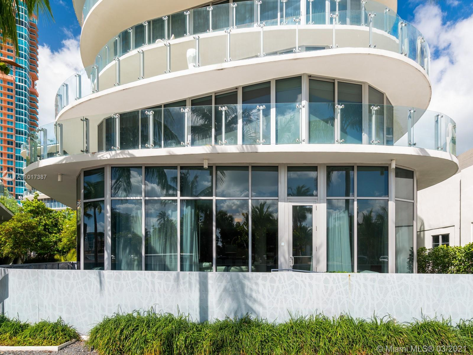 This Ultra Luxury Condominium offers a 2/2 with easy access in and out of the unit, no elevator needed. Very Elegant and unique all around offering top of the line appliances and open spaces, very conveniente for entertaining. This masterpiece is located in the best section of Miami Beach, known for providing its residents with endless opportunities, one is you're walking distance to the Beach. One Ocean Condo offers valet parking, 24 hour concierge service, amazing ocean views, exclusive membership to a private beach club, state-of-the art fitness center, an infinity edge pool deck designed by Swiss Architect Enzo Enea, and much more.